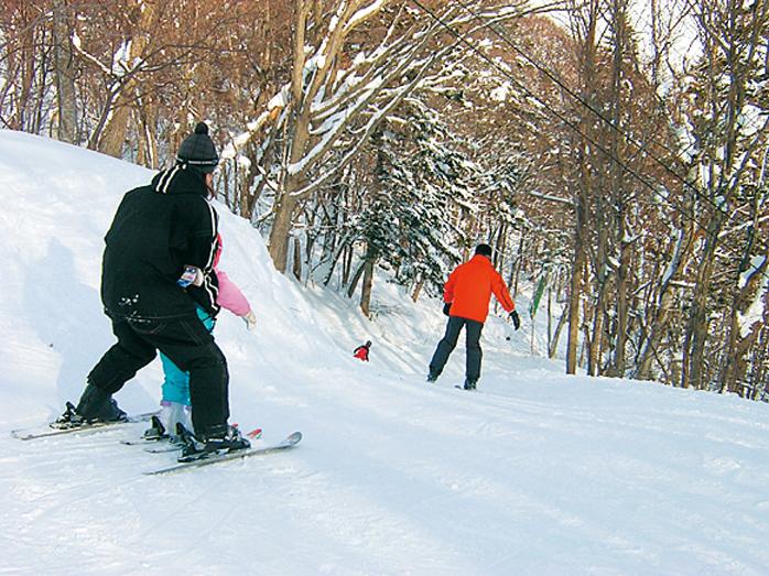 札幌藻岩山スキー場 札幌駅から車で30分 市街地から一番近いスキー場