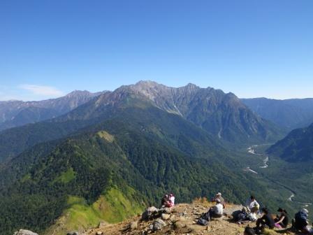 焼岳山頂から穂高連峰、上高地